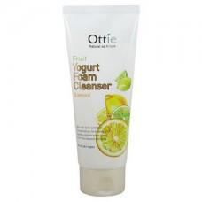 Очищающая лимонная пенка для умывания OTTIE Fruits Yogurt Foam Cleanser