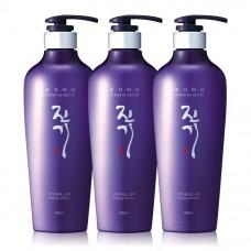 Шампунь для волос регенерирующий Daeng Gi Meo Ri Vitalizing Shampoo 500 ml