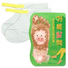 Отшелушивающая маска-носочки для ног ELIZAVECCA Witch Piggy Hell-Pore Turtle`s Foot Pack